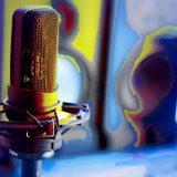 Foto Mikrofon Großmembran Tonstudio Pop bunt