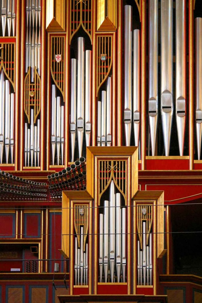 Foto Kirchenorgel aus Kirche in Madrid auch als Hintergrund gut geeignet